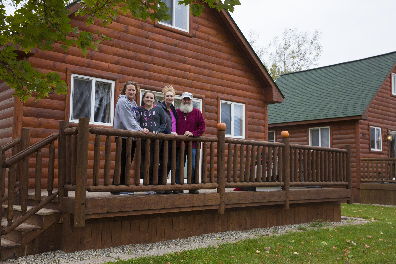 cabinfamily.jpg