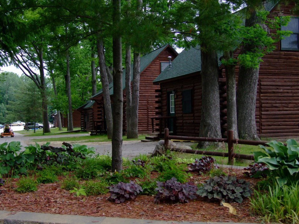 lakeside cabins.jpg