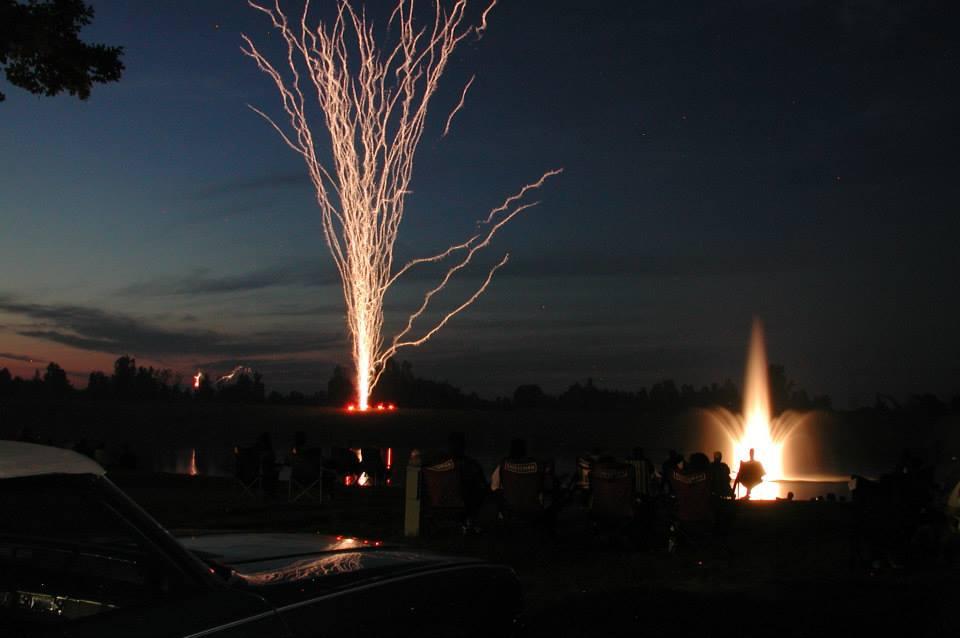 lsfireworks1